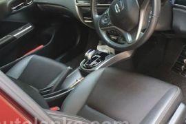 Honda Grace Hybrid 2015