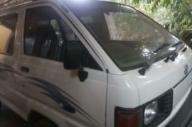 Toyota LiteAce DX 58-#### Van for sale in Matara