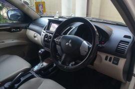 Mitsubishi Montero Sport 2012