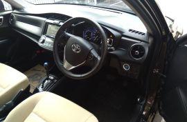 Toyota Axio Hybrid 2015