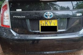 Lady Driven Toyota Prius - Excellent Condition
